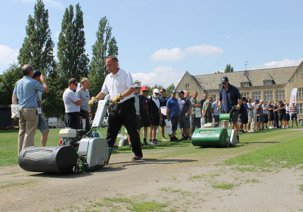 test Twitter Media - .@DennisMowers and @SISISMachinery event a hit with #Cricket groundsmen https://t.co/vrrdCkadWD #sapcanews https://t.co/p8pdDduNyh