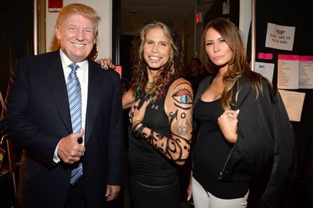 #tbt Today Steven Tyler of Aerosmith doesn't want any of his music being played at Trump rallies! So I'm guessing Steven Tyler doesn't want anyone to see this photo taken from 2014, it would be a shame if people SHARED it ! 😉😂😂