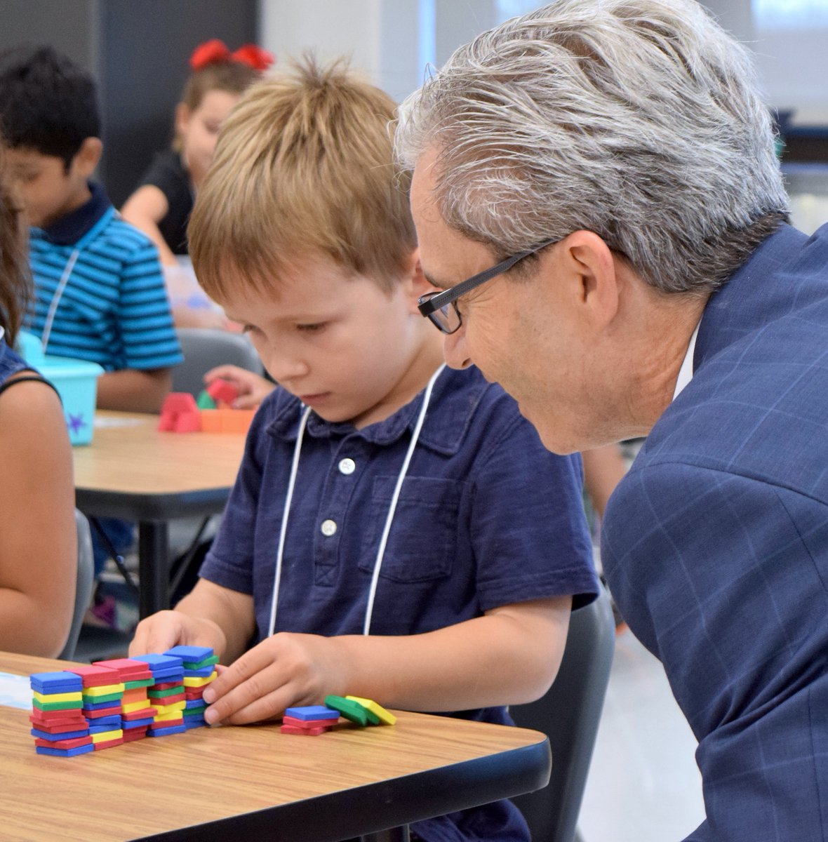 full day kindergarten research paper Either provided as a full school day (typically about 6 hours) or as a half-day program (generally 2ð3 hours), # with children attending kindergarten either in the morning or afternoon.