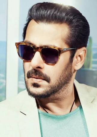 7bb9959ffa7 Salman Khan Diaries ♥ on Twitter