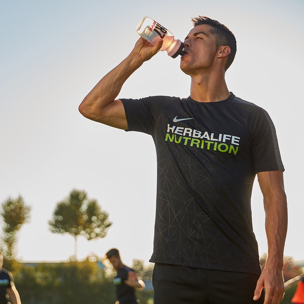 Drive your performance #Herbalife24 #CR7Drive #BehindTheResults #ad https://t.co/Aq3TYU7Qad