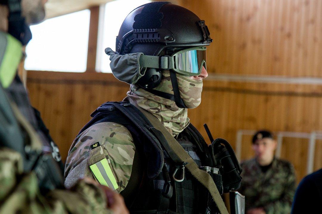 автомобилей спецназ в крутых масках фото имеет очень