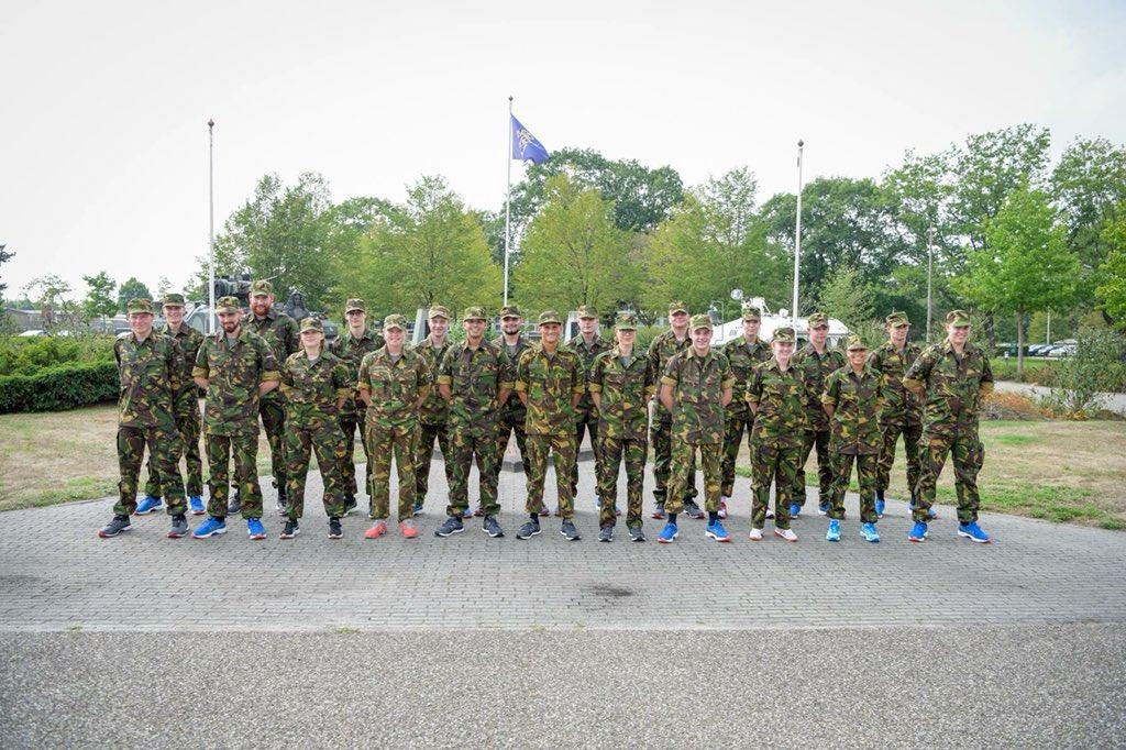 Koninklijkelandmacht Auf Twitter De Eerste Aankomende Militairen