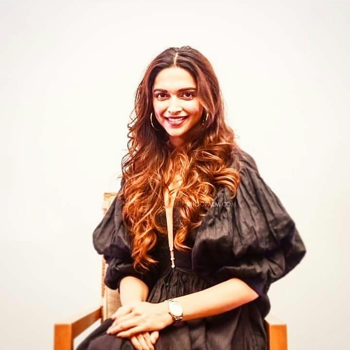 Deepika Padukone Twitter Fc Mandar - Deepika Padukone Age