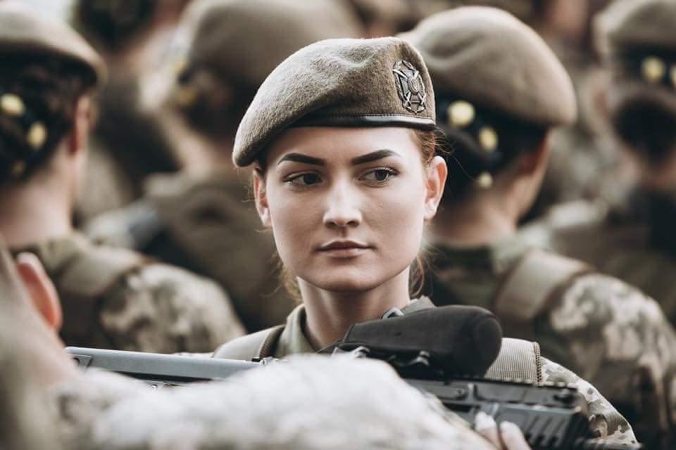 З нагоди Дня Незалежності в Одесі утворили живий ланцюг із майже 1900 осіб, одягнених у вишиванки - Цензор.НЕТ 6018