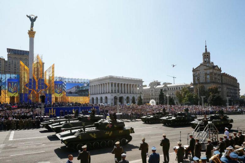 استعراض يوم الاستقلال الاوكراني 2018  DlXPCmDU8AAQArD