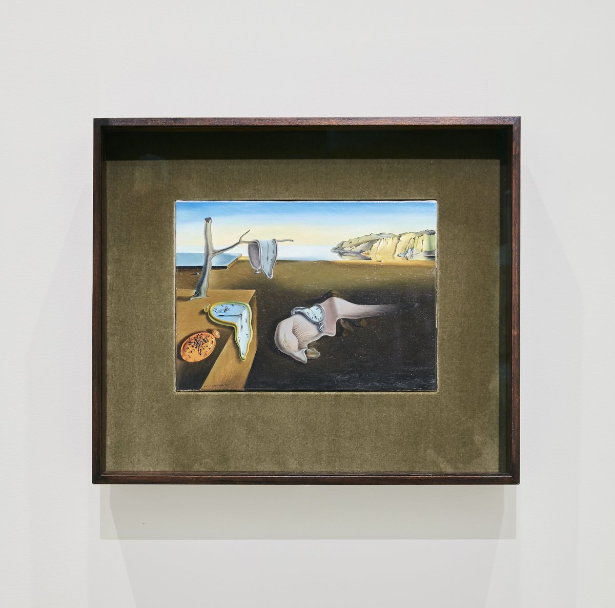 why did dali paint the persistence of memory