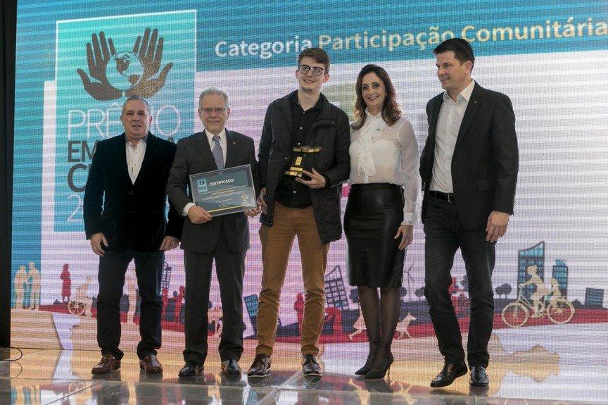 SBT SC recebe Prêmio Empresa Cidadã ADVB/SC 2018 #AcontecendoAqui #sbtsantacatarina #sbtsc #prêmioempresacidadã #advbsc #participaçãocomunitária #anovageraçãodamelhoridade  http://acontecen.do/1h4m