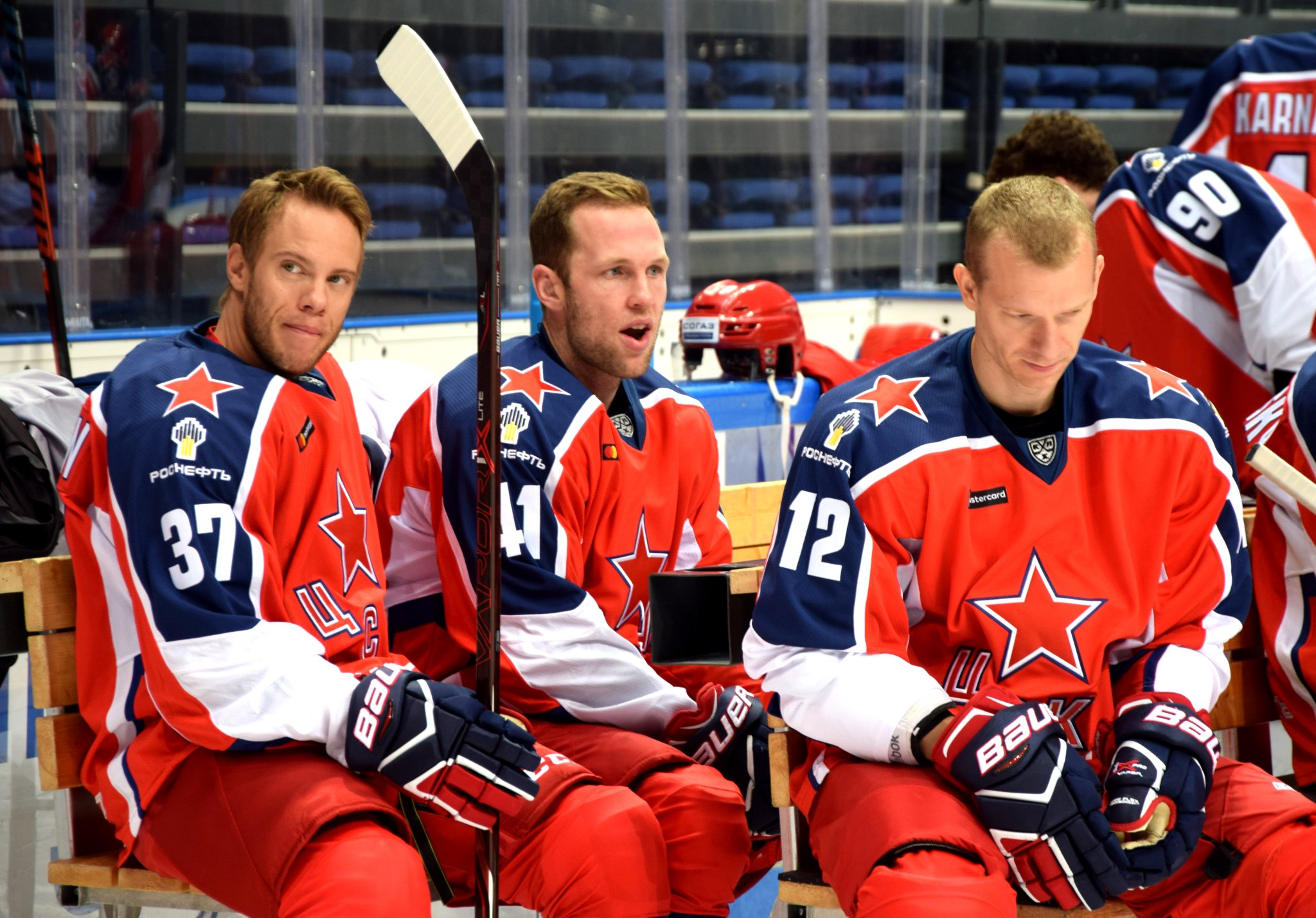 Состав хоккейного клуба цска москва все ночные клубы города иваново