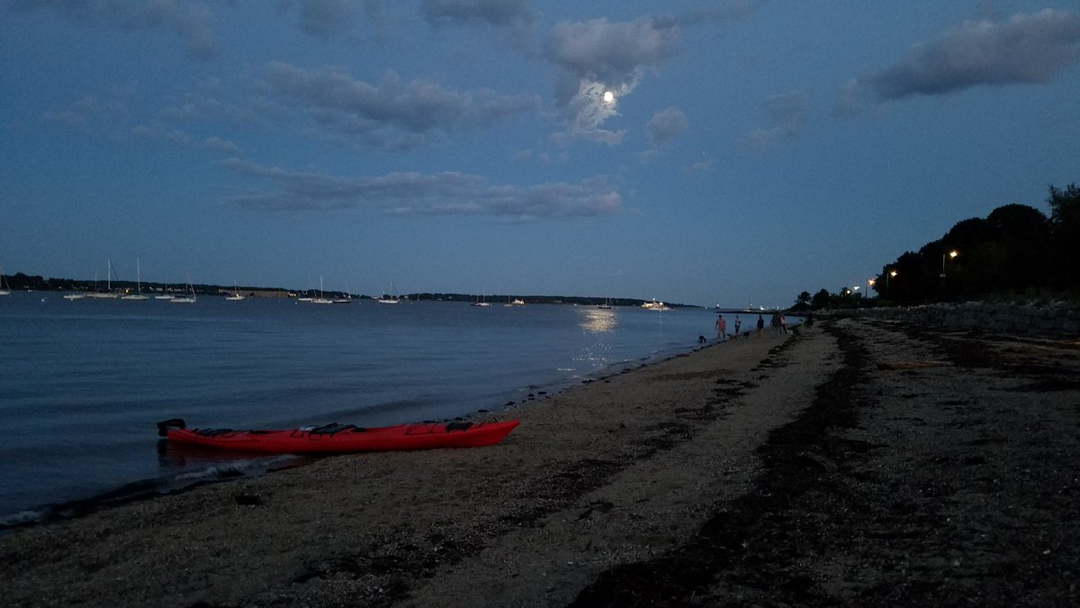 Peggy Grodinsky On Twitter East End Beach In Portlandme Under The Nearly Full Moon Thanks To Wea1021 For Photo And Picnic