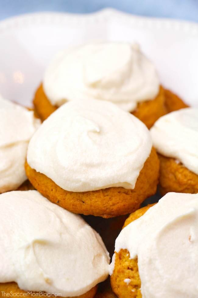 @TheSoccer_Mom: Fluffy Pumpkin Cookies with Cream Cheese Frosting #recipe https://t.co/34gPwOB6nh https://t.co/a8O0MOree9