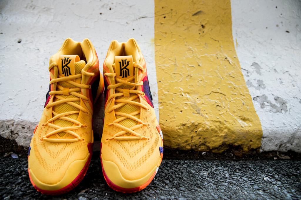 bf7d4a7428db Nike Kyrie 4