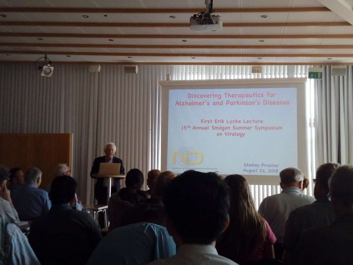 Yesterday afternoon Dr. Stanley Prusiner, #NobelPrice, gave a very interesting talk on #prions and their involvement in human diseases. @goteborgsuni @liu_universitet @Lundsuni @UmeaUniversity @_SLU @karolinskainst @UU_University