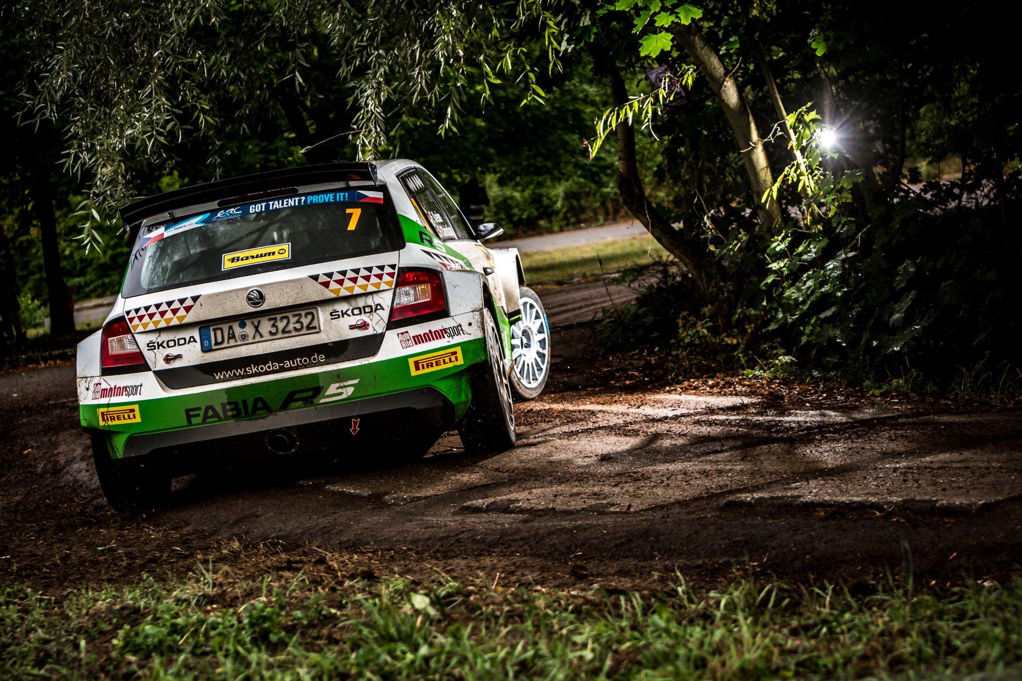Rally Barum 2018 ERC - Página 2 Dlc7zEfW4AA0AvR