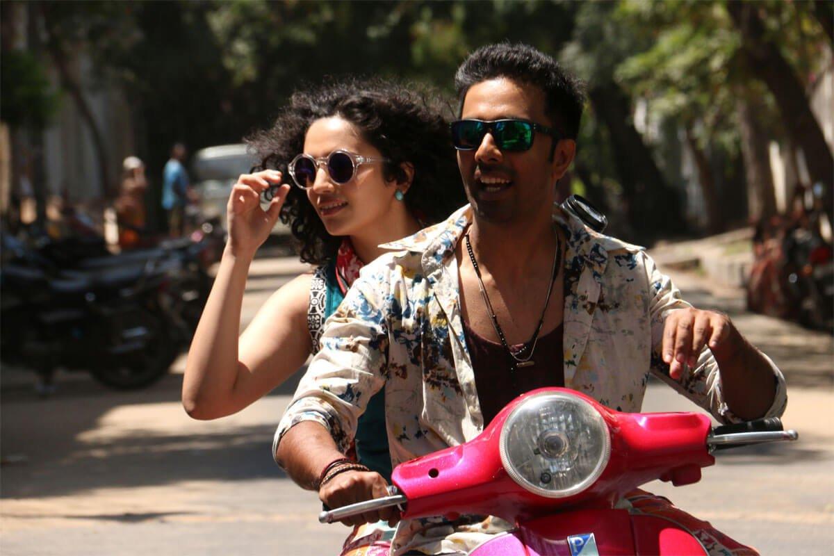 Veera and Malavika Nair starrer #ArasiyalaIdhellamSaadharanamappa Movie Stills - https://t.co/6yNbWrzoWZ https://t.co/o17fWeLNKy