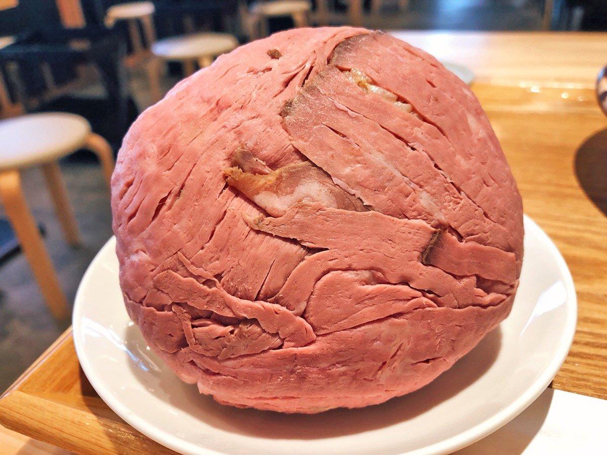 秋葉原に行ったらこれを食べるべき?ローストビーフおにぎりの破壊力がすごいwww