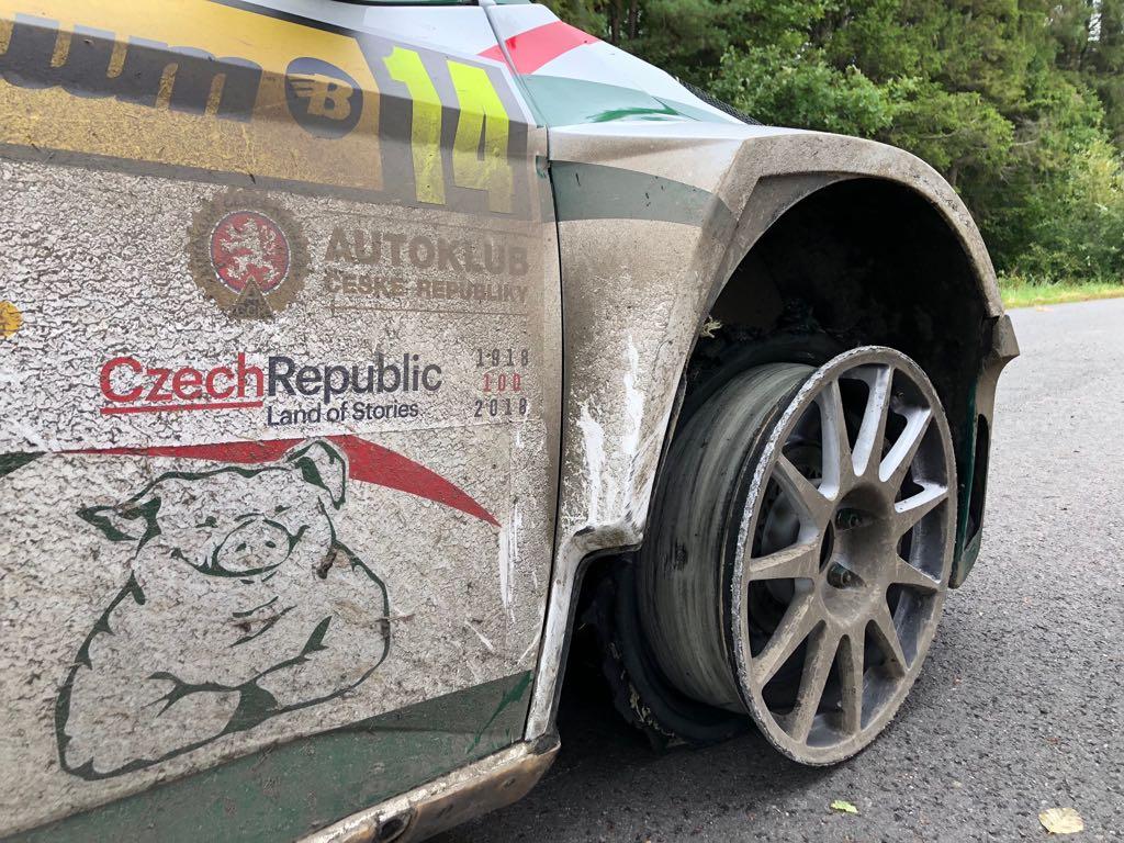 Rally Barum 2018 ERC - Página 2 DlcicA-WsAEneKJ