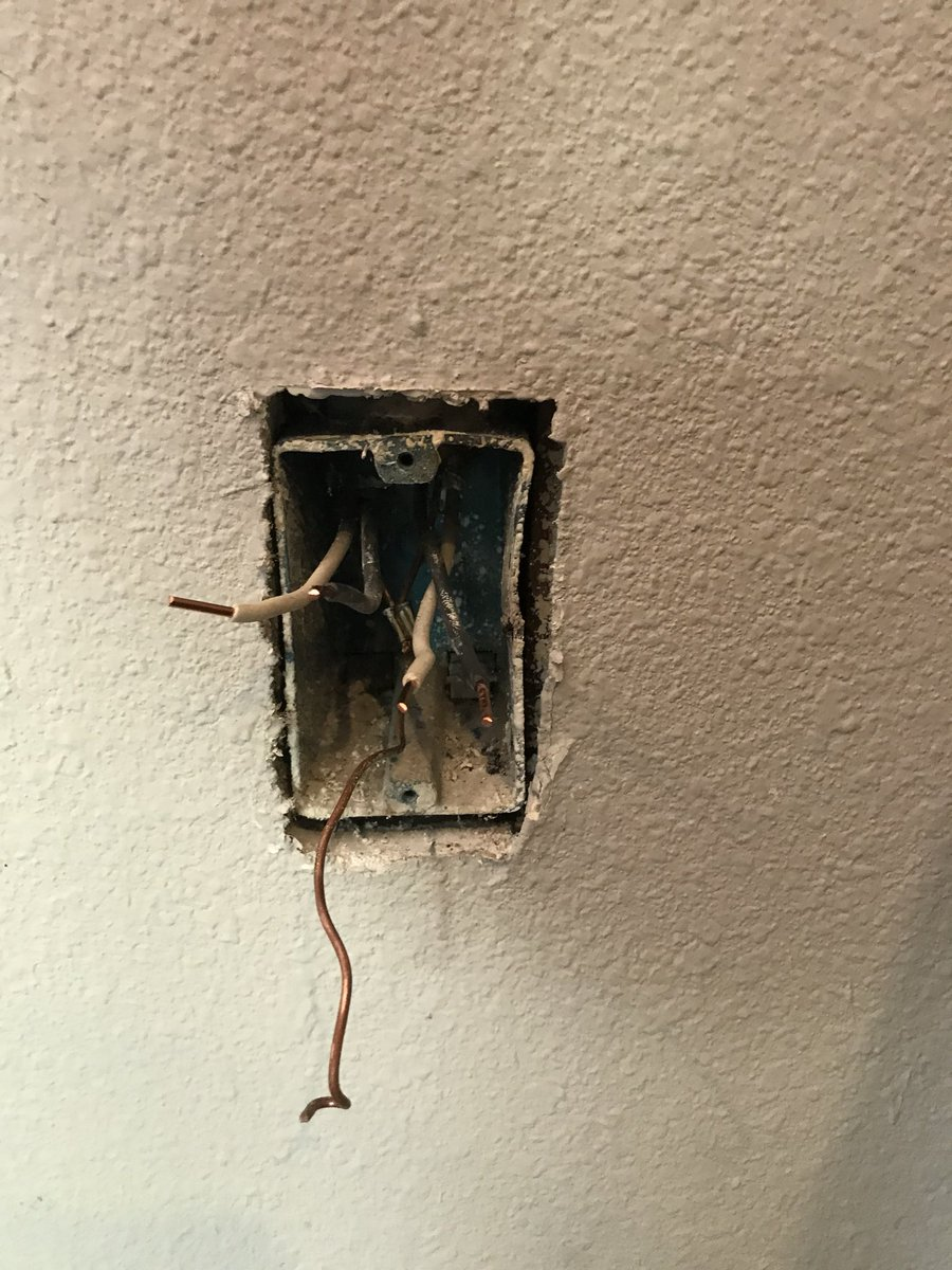 Tonia Allen Gould On Twitter We Almost Had A Fire In Our Home The Light Switch Wiring Were Moments Away From With Only About 3 Amps Plugged Into It Has This Been Recalledpic Kszwg3l5pu