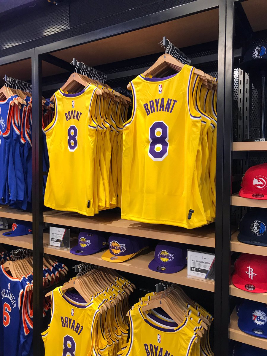 d8597eaefbe3 NBA Store on Twitter