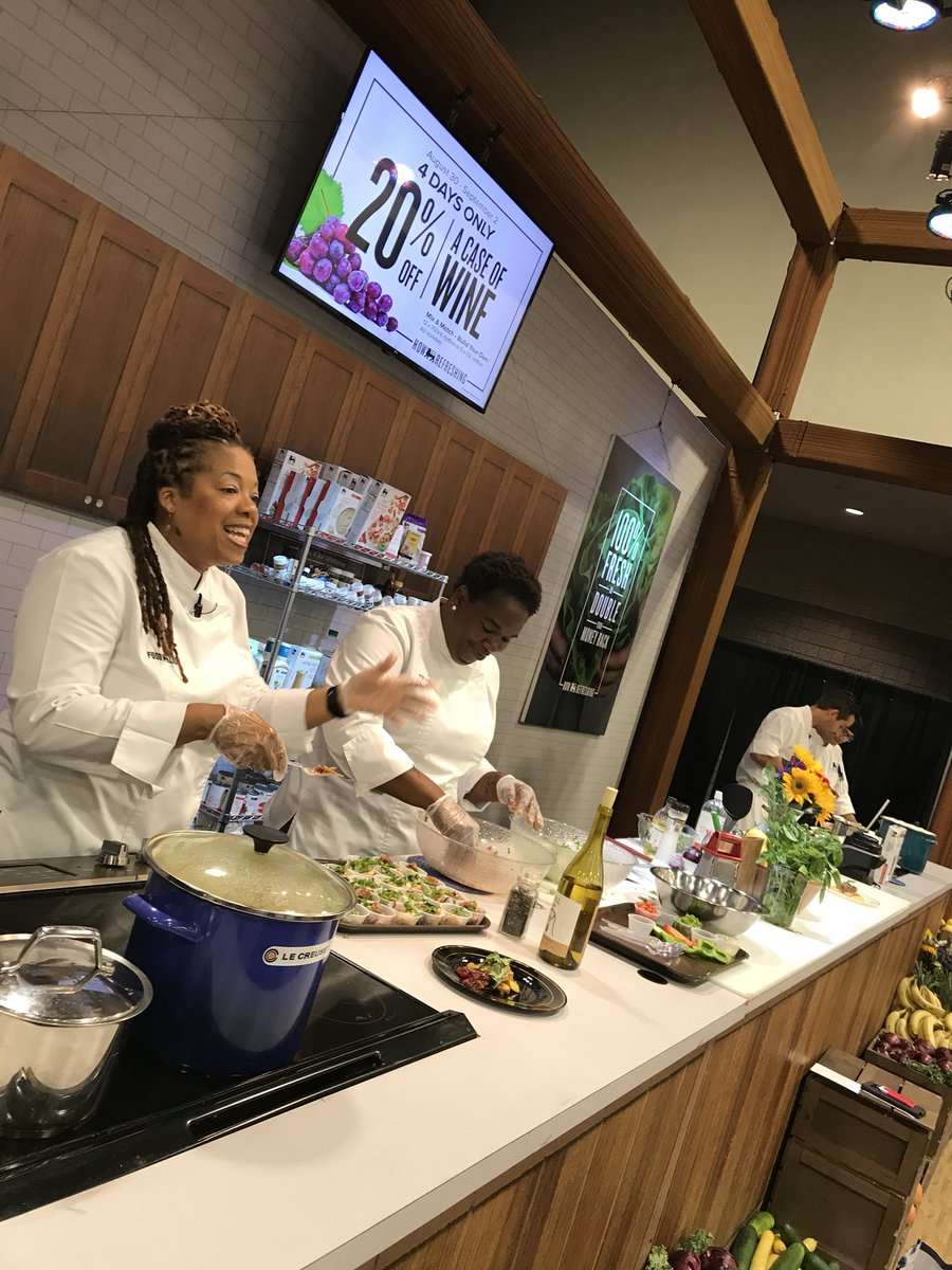 Food lion on twitter the food lion kitchen stage is serving up food lion on twitter the food lion kitchen stage is serving up easy fresh and affordable recipes at the southern womens show forumfinder Image collections