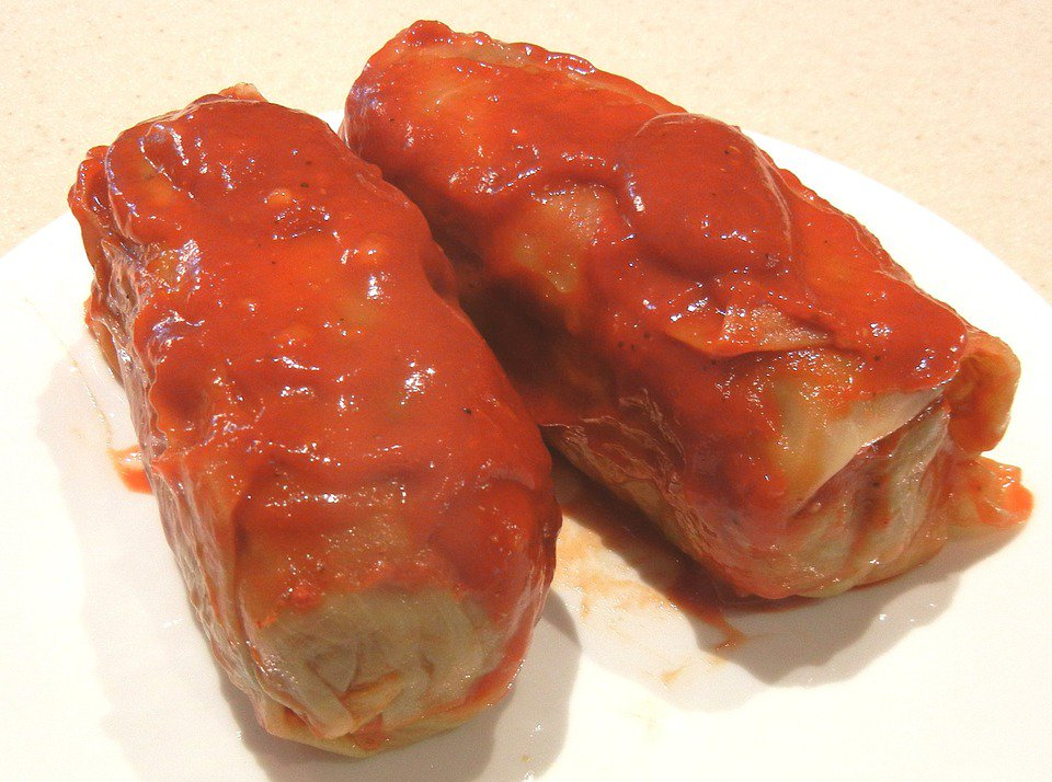 This is a recipe for how to make classical cabbage roll https://t.co/qqde6wMkTL https://t.co/kbh6f7ftUo