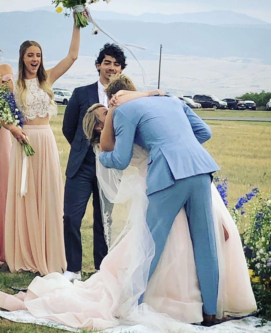 Honored to marry my friends today. Love you both. Couldn't be happier for you two. ���� �� https://t.co/3xc13Ct54z