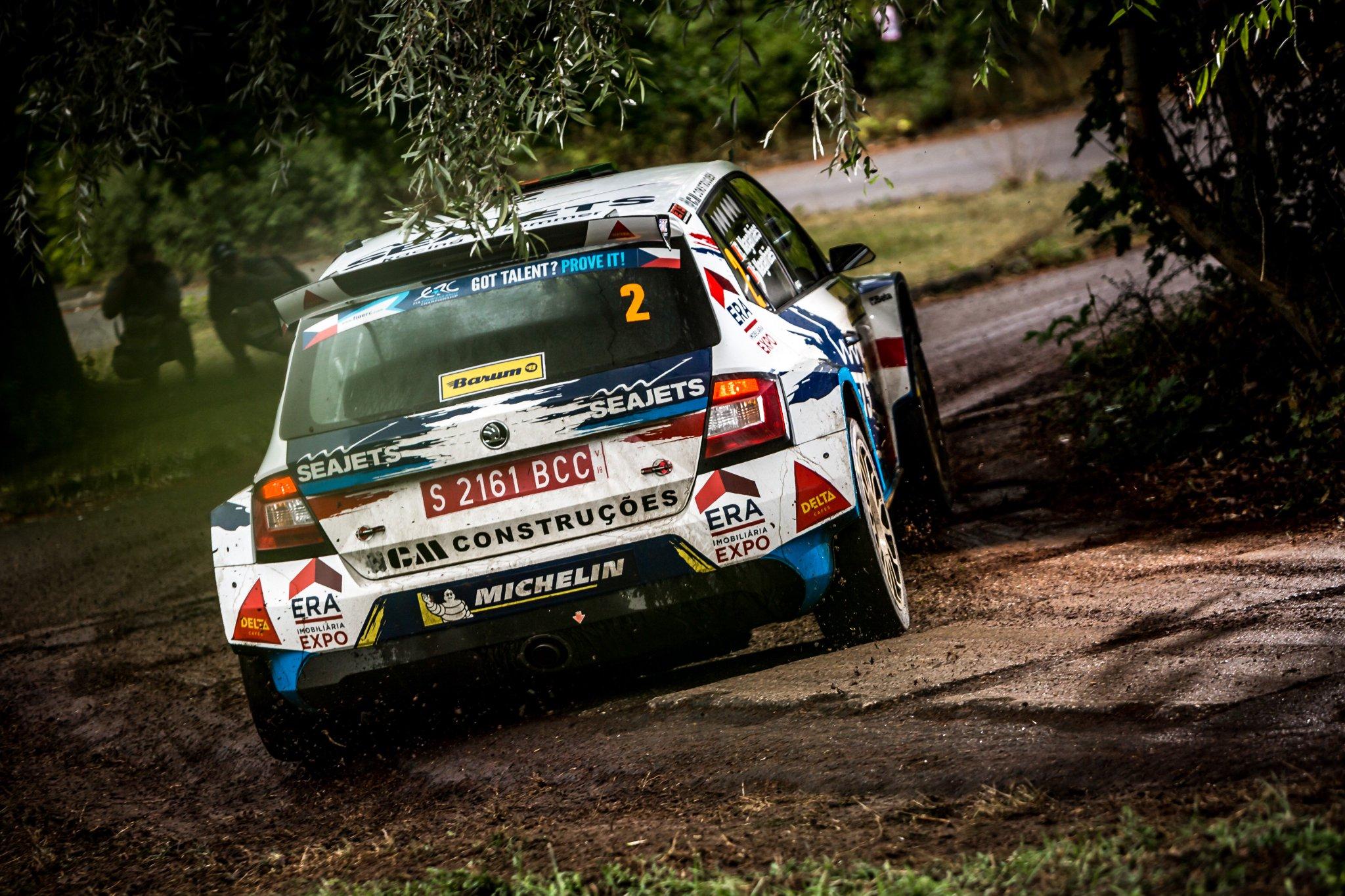 Rally Barum 2018 ERC - Página 3 DlgeUI5XsAE033-