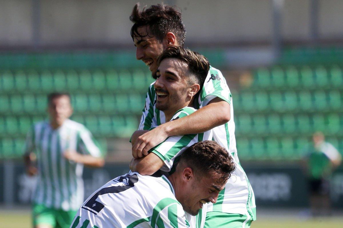 0f314fc28 Los jugadores del Betis celebran el gol de Roberto González (Foto: RBB).