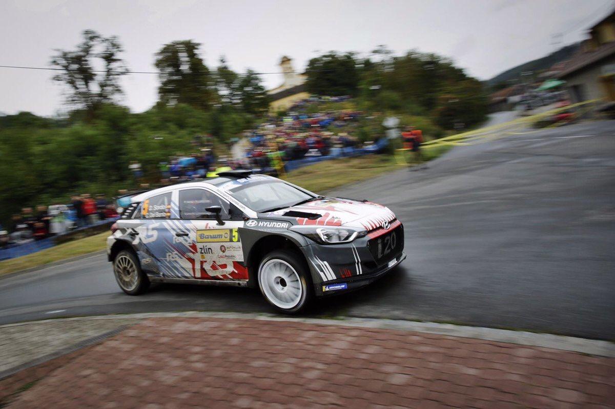 ERC: 48º Barum Czech Rallye Zlin [24-26 Agosto] - Página 2 Dlho9RhW0AMpwuG