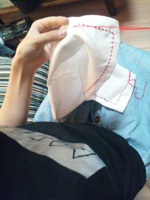 test ツイッターメディア - セリアに刺し子糸が売ってました。色は赤系、緑系、青系ミックスと白、赤がありました。娘の自由研究のテーマは「刺し子」なので、実験用の布を作成するのに使います。一緒に提出する予定の刺し子ふきん、夏休み中に仕上がるのか?娘、のび太君タイプです。 #刺し子 #刺し子針 #100均 #セリア https://t.co/gHsuRePnp0