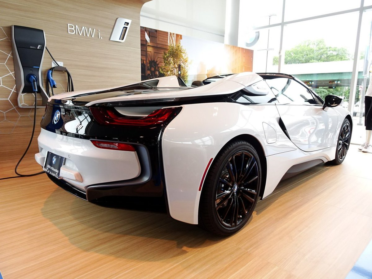 It's electric. http://bit.ly/2NMp382  #bmwofbloomfield #carlifestyle #automotivephotography