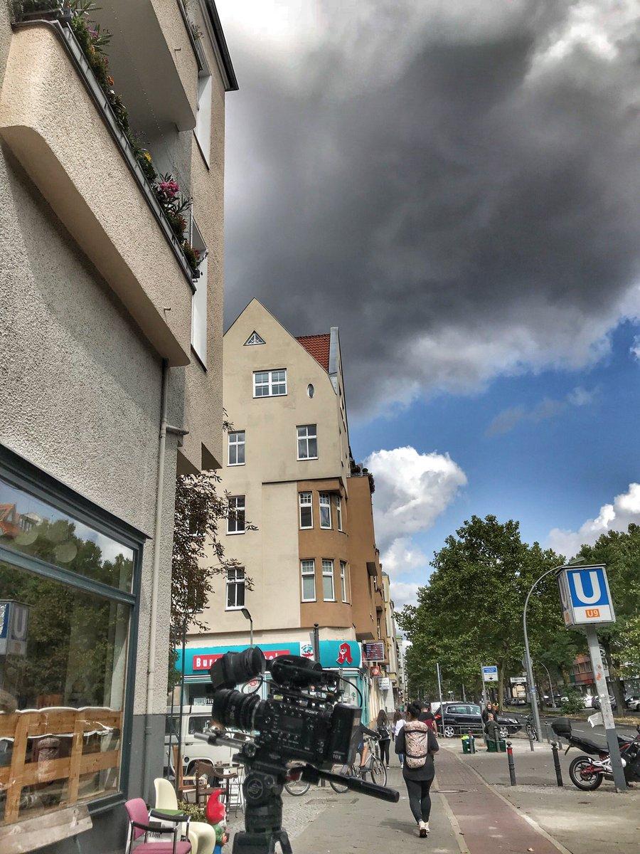 Druk aan de bak met @liesbethstaats aan weer een nieuw mooi verhaal voor @Brandpunt_plus in Berlijn en Oostenrijk! Andere deel gedraaid door @RemcoBikkers in LA! pic.twitter.com/7pFPMnfHfo