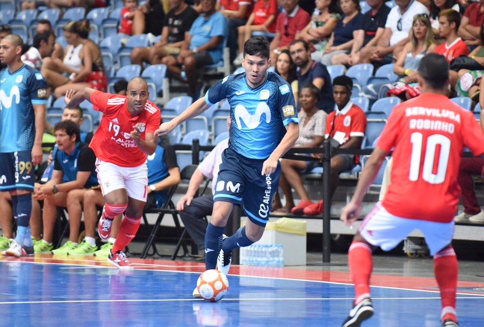 Play Futsal on Twitter