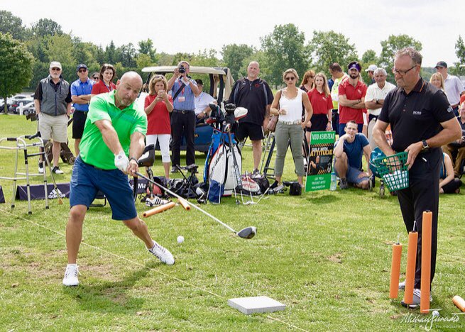 Nothing like having the @pgaofcanada CEO @KevinThistle serving them up for me to hit bombs while raising $$$ fore @parasport_ont   Thank you @adidasGolf  @TaylorMadeCA @LesleySHawkins @davidbradley79 @glucksteinlaw @VarietyVillage for your support! <br>http://pic.twitter.com/xyJkg0dDTW