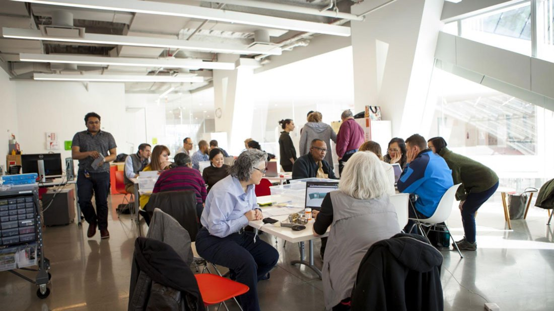 An innovative workshop at @cornell_tech has brought together students and senior citizens to find solutions to this communitys real problems: ultim.kr/2LwlMaj