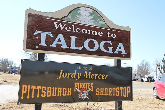 Happy birthday to pro-ball player Jordy Mercer, the pride of Taloga, OK