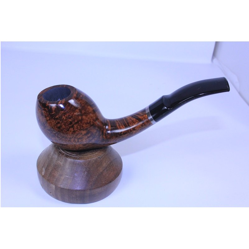 A beautiful pipe made by two Danish artisans, Former (Hans Nielsen) and Tom Eltang http://pipesandtobaccosmagazine.com/pipestore/