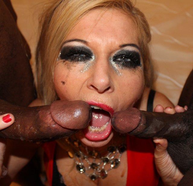 Messy lipstick bukkake