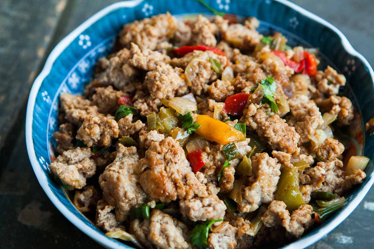 Mom's Ground Turkey and Peppers https://t.co/g8Rbbdhu3t https://t.co/kG2fcR4npe