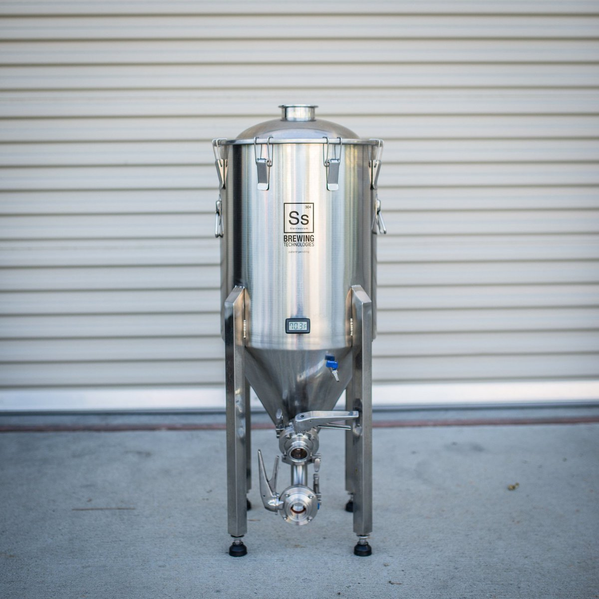 Enter to Win a Ss Brewtech Chronical Brewmaster Edition Conical! https://wp.me/p4OunZ-3e22   #homebrew