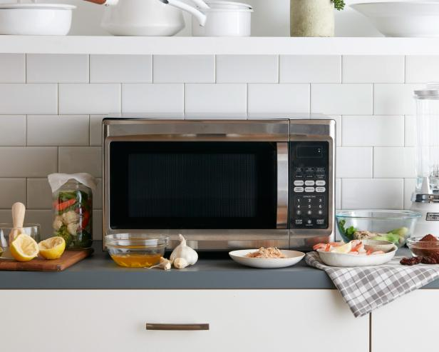 11 Favorite Microwave Tricks https://t.co/lZjb50LPTJ by @FoodNetwork https://t.co/TbBDZ7eUAI