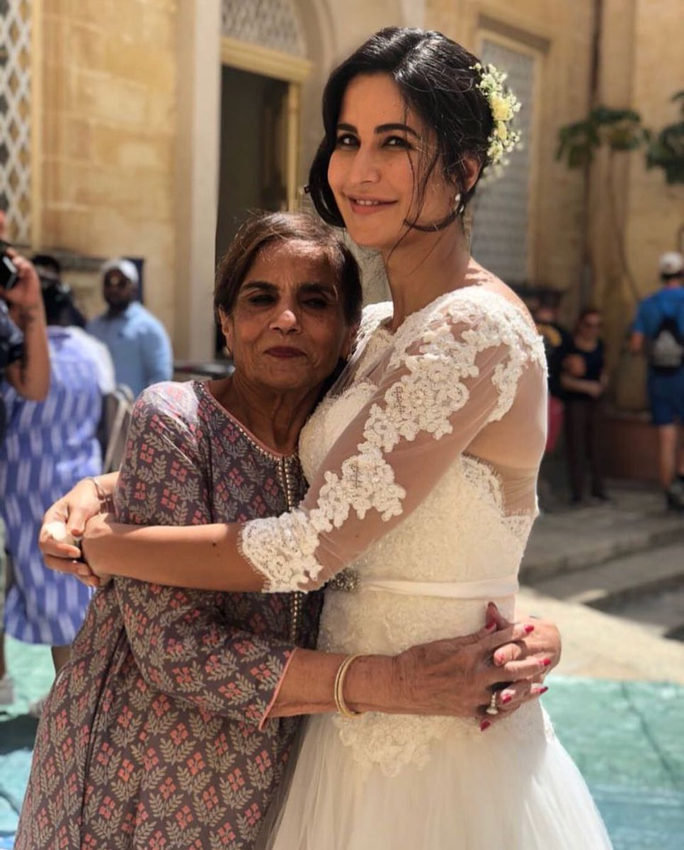 #KatrinaKaif bonds with @BeingSalmanKhan's mother Salma Khan in Malta. #Bharat