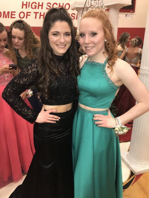 Happy birthday Courtney!!! Hope you have a great day and I can t wait to finish off the year at Max s with you!!