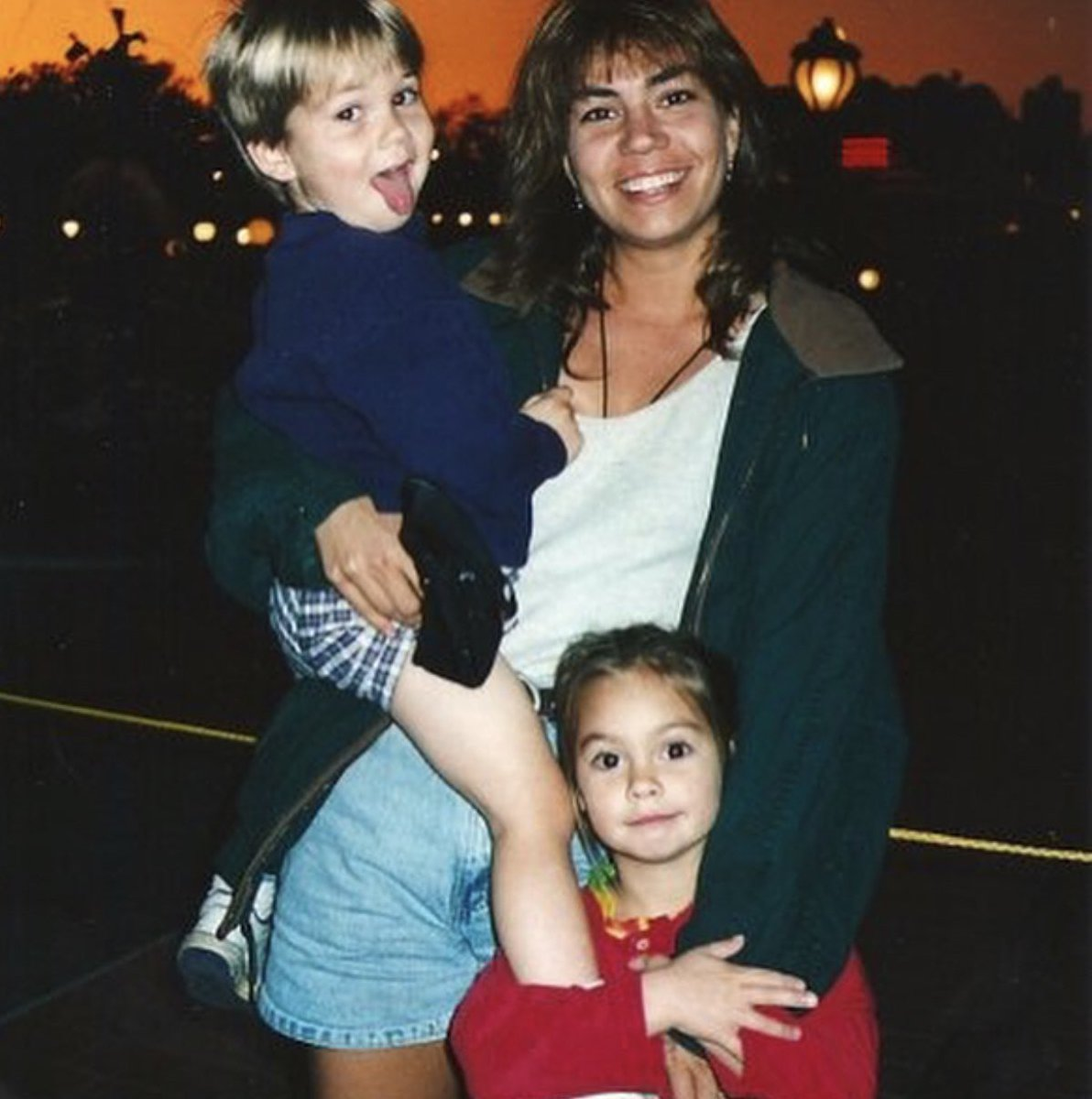 Dylan Obrien Press On Twitter A Few Of The Baby Dylan Photos Lisa