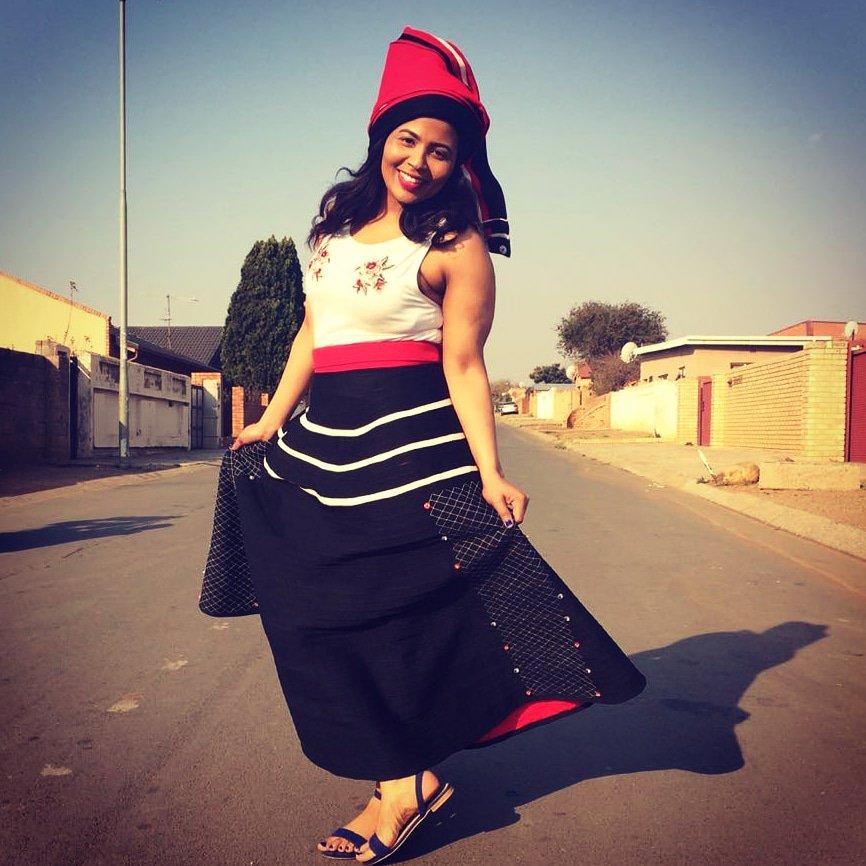 Umbhaco Wrap Skirt + Doek R1200. 078 171 2722 SaziiAfrika