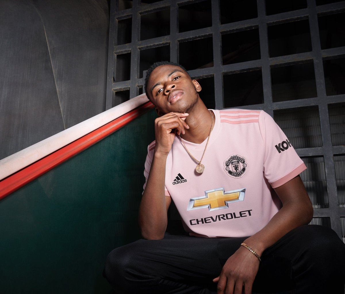 Bring back the pink. introduces the new 2018 19 Away kit 27b652fe7