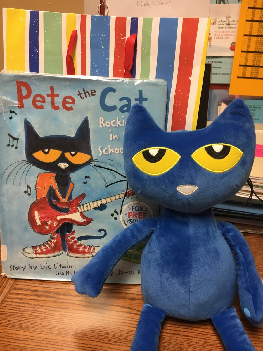 Pete the Cat and I visited kinder classes today! #misdhappy #mtpeak