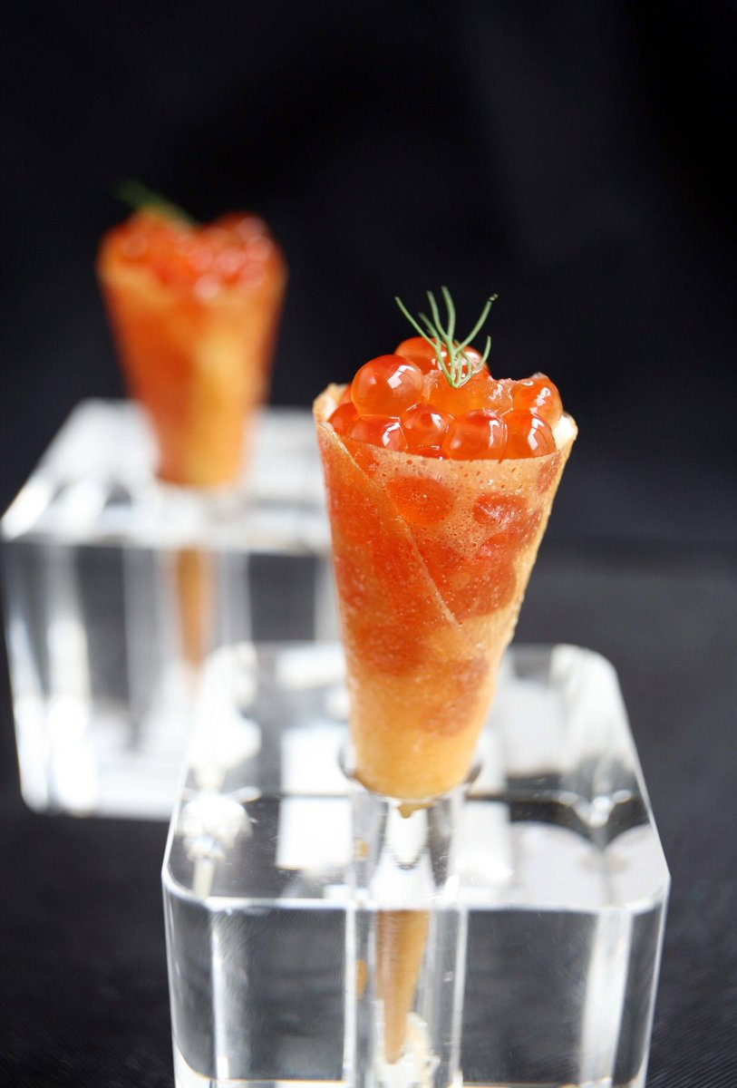"""Our #Bagel & Lox cones take the phrase """"#breakfast for #dinner"""" to a whole new level. https://t.co/SCiuBigDTE"""