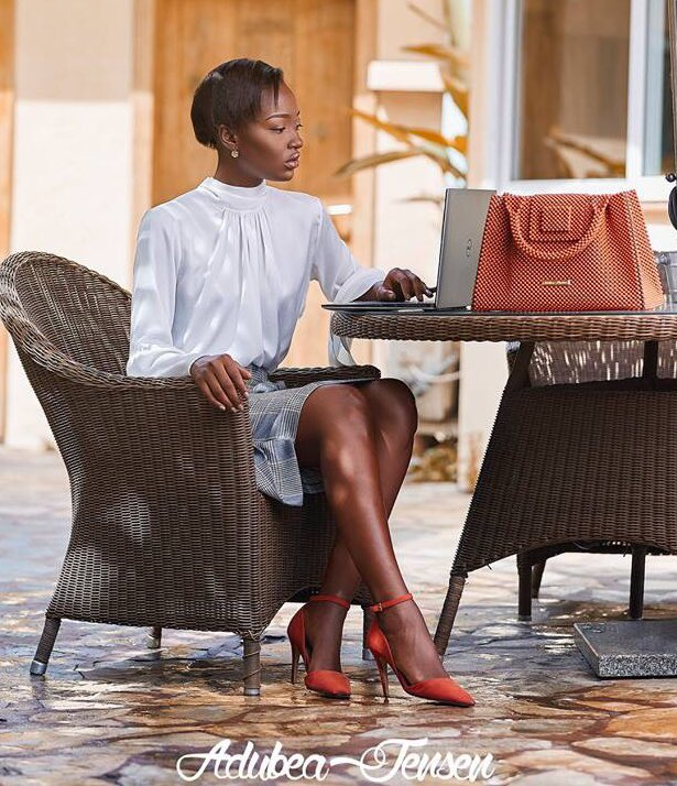 #BossLady with her Adubea Jensen Jenny Bag!   Limited availability! Get yours now at Adubea Jensen Boutique Labone, 4th Soula Street, North Labone, Accra. Call or whatsapp us on +233 206 358788,+233 233 358788  #BeadsBags #Handmade #Handbags #AccessoryDesigner #MadeinGhana #Beads