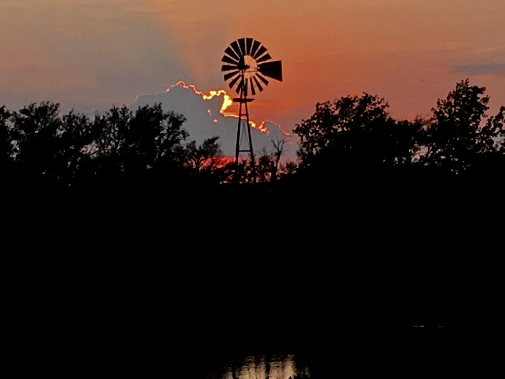 This Was The View At Our Ranch A Few Evenings Ago No Wonder Kent And I Named The Place Sunset Ranch Because Almost Every Sunset Here Is A Wonderful